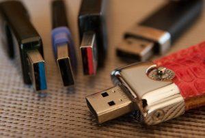 Clé USB personnalisable : goodies indispensable pour tous